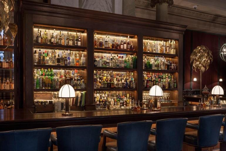 Scarfes Bar 4