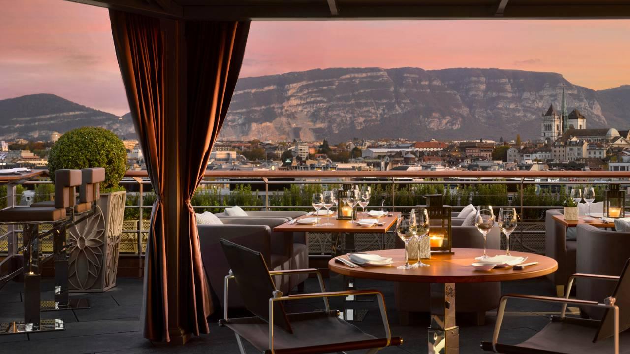 Izumi Restaurant At The Four Seasons Hotel Des Bergues
