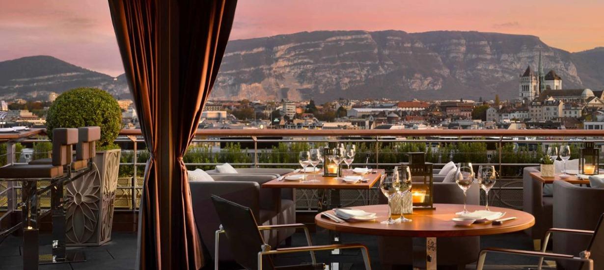 Four Seasons Hotel des Berges Izumi restaurant