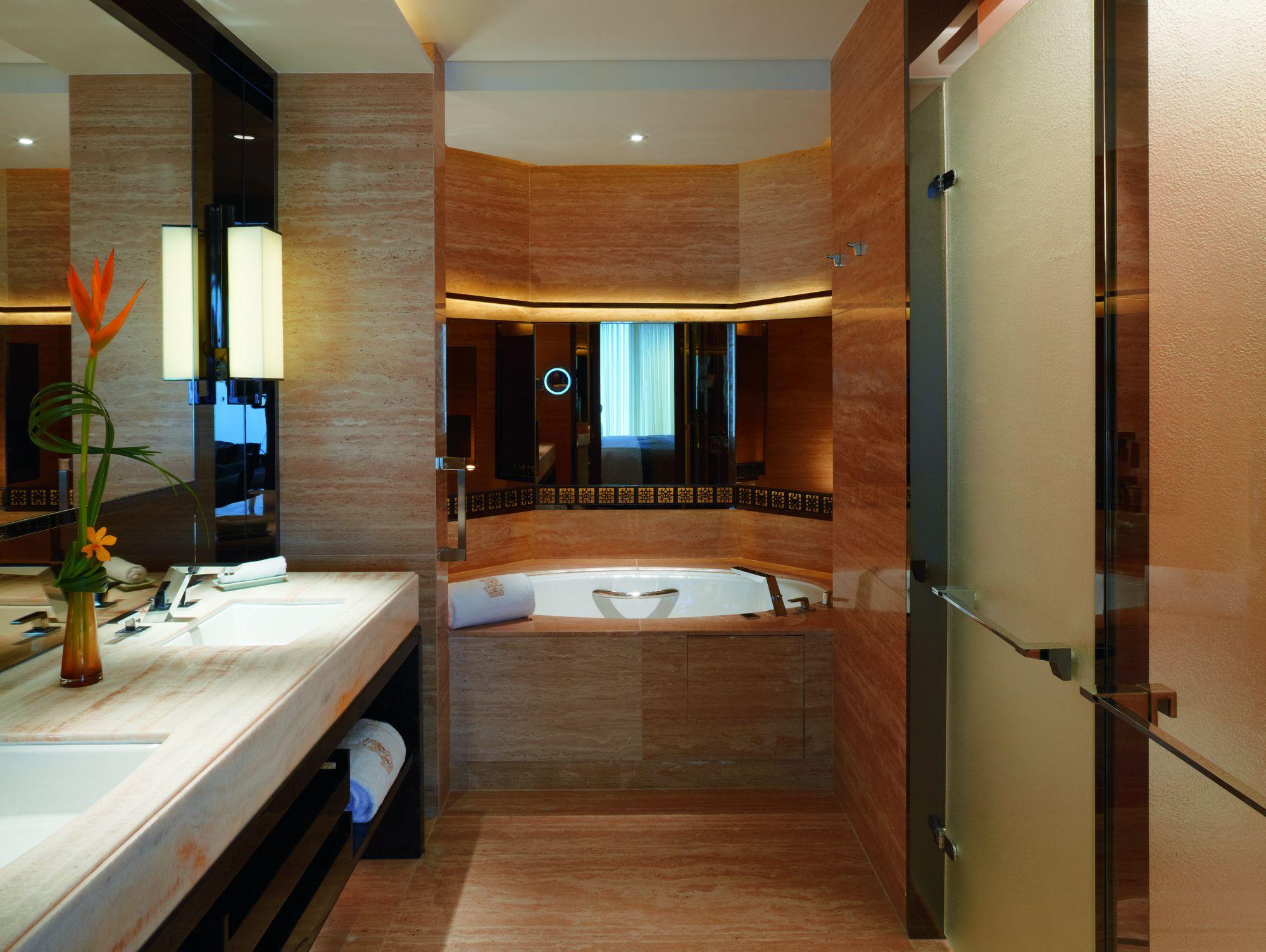 Ritz Carlton Superior Suite 3