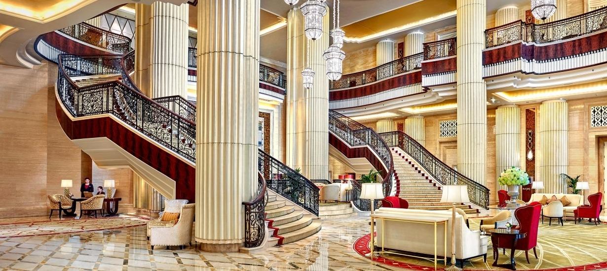 St Regis Abu Dhabi lobby 2