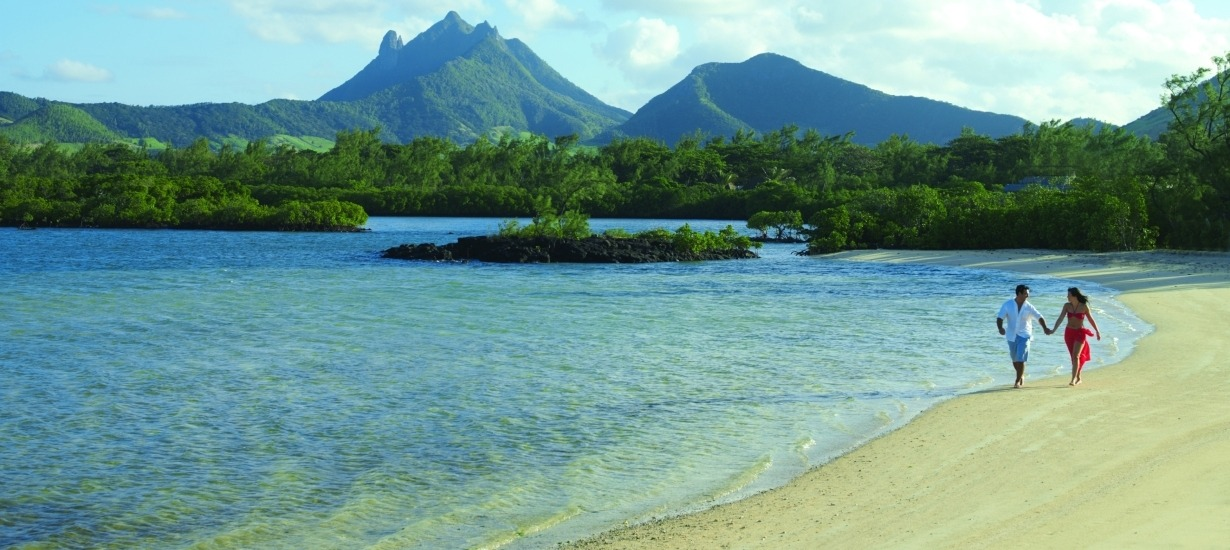 Four Seasons Resort Anahita Mauritius- ouple