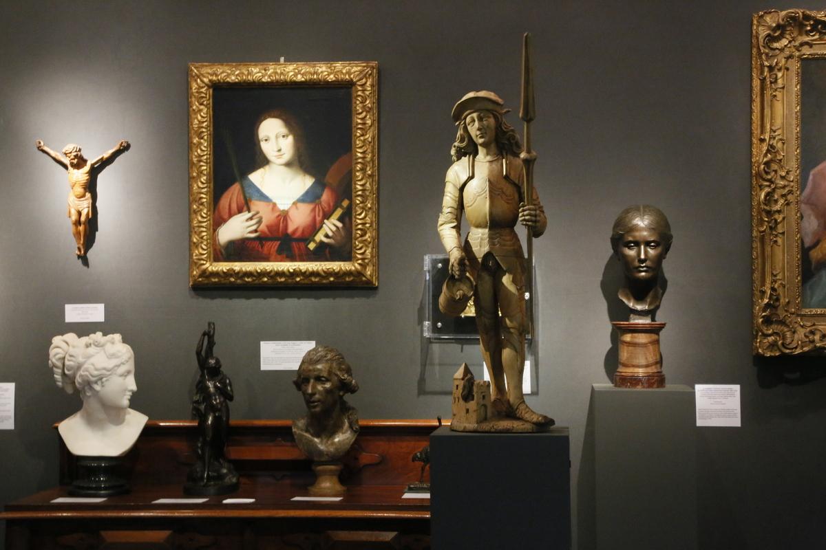 Lapada Art and Antiques Fair - ArtHistorical Stand