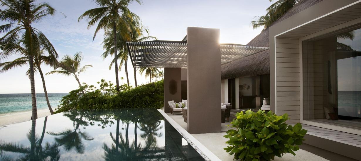 Cheval Blanc Randheli - Beachfront resorts