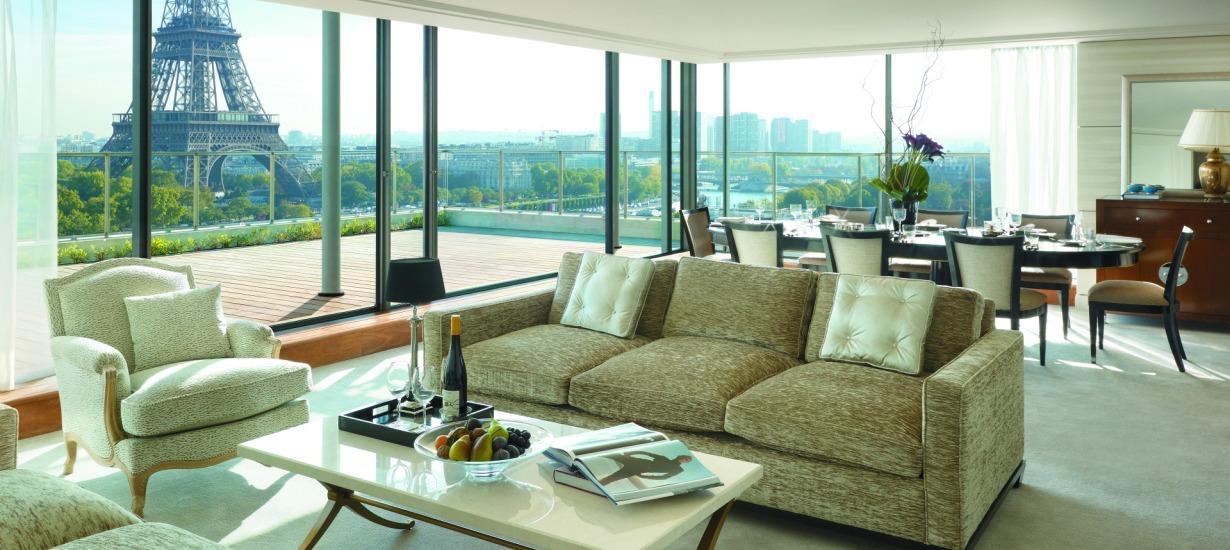 Shangri-La Hotel Paris - Most beautiful hotel views