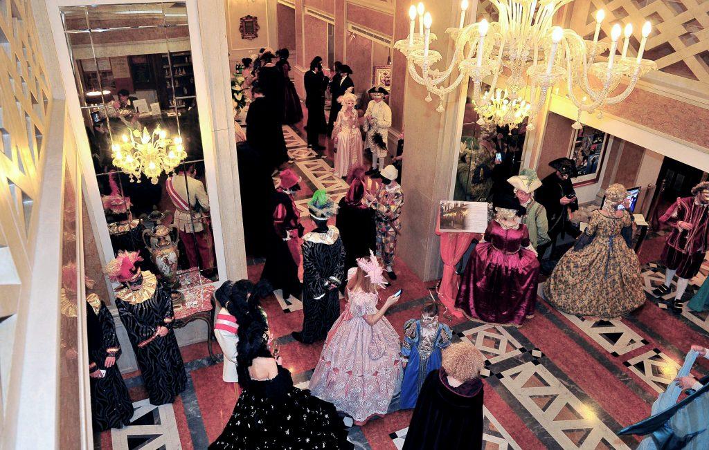 Baglioni Hotel Luna masquerade Ball